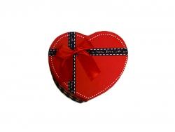 Подарочная коробка красно-черного цвета