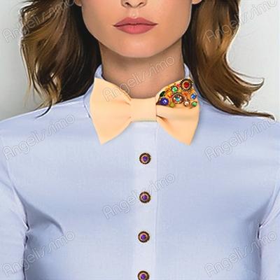 5 модных образов с галстуком-бабочкой